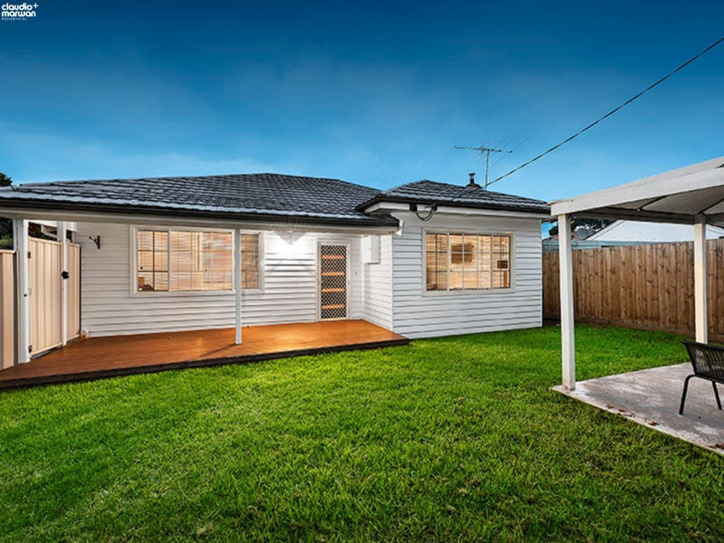 17 Middle Street, Hadfield, Vic 3046