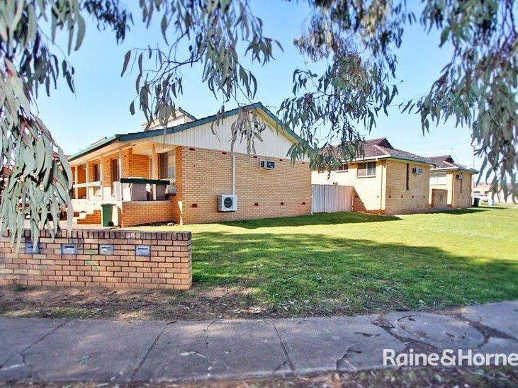 3/3 Joyes Place, Tolland, NSW 2650