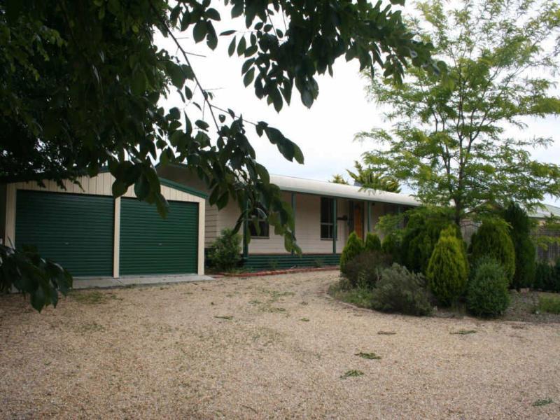 9 Rutledge Street, Bungendore, NSW 2621