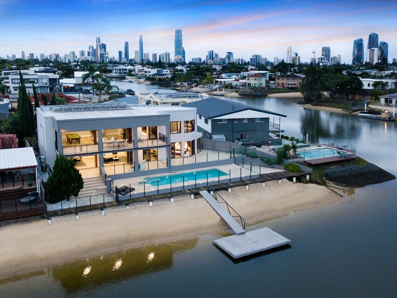 Real Estate & Property for Sale in Broadbeach Waters, QLD 4218 - realestate .com.au