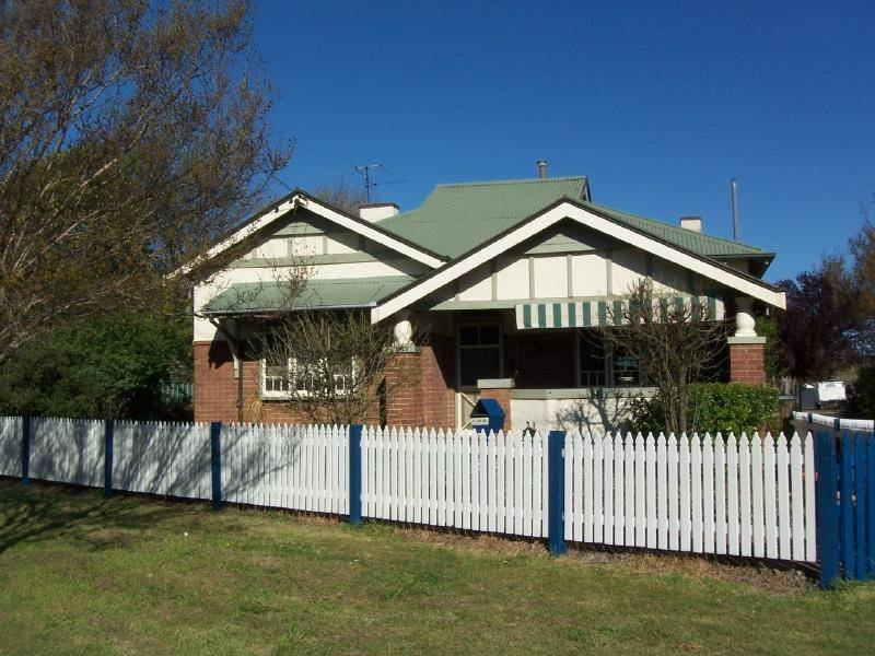 16 Parker Street, Cootamundra, NSW 2590