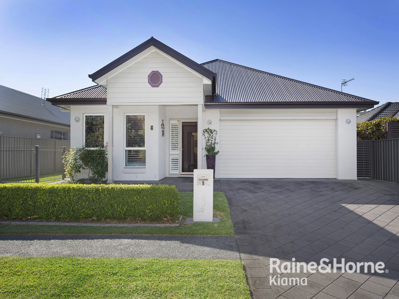 9 Riverside cres, Haywards Bay, NSW 2530