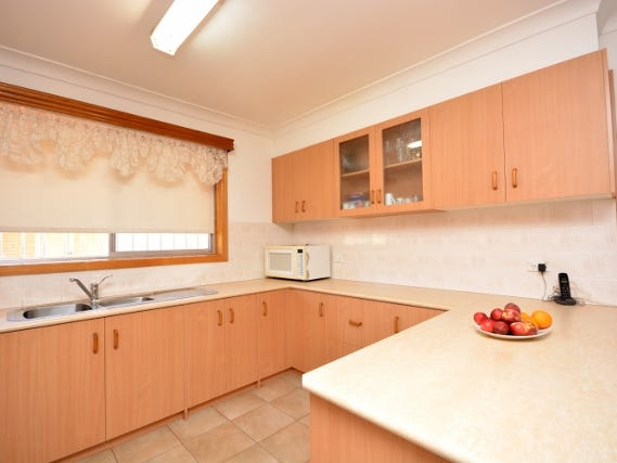 136 Merrigal Street, Griffith, NSW 2680