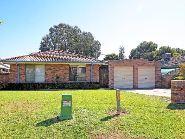 64 Undurra Drive, Glenfield Park, NSW 2650