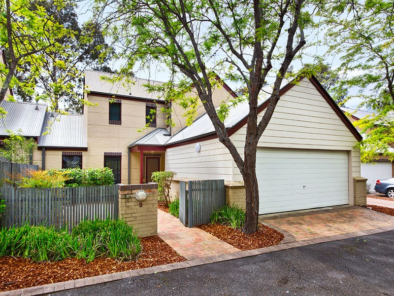9/19 Troopers Mews, Holsworthy, NSW 2173