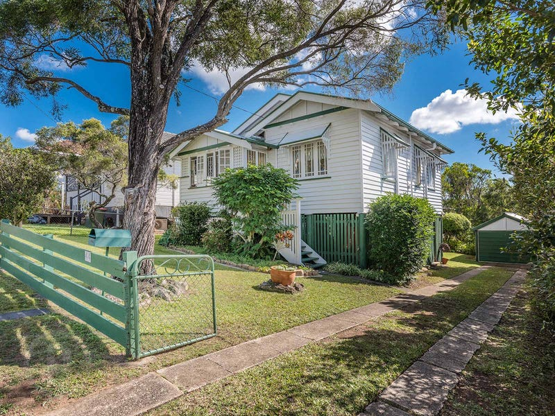 44 Burlington Street, Holland Park, Qld 4121