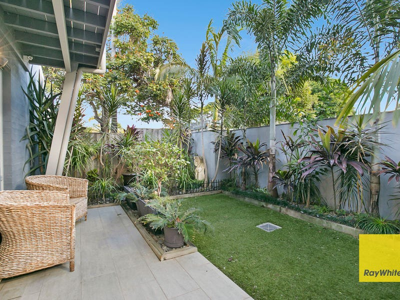 2/170 Kingsley Terrace, Manly, Qld 4179