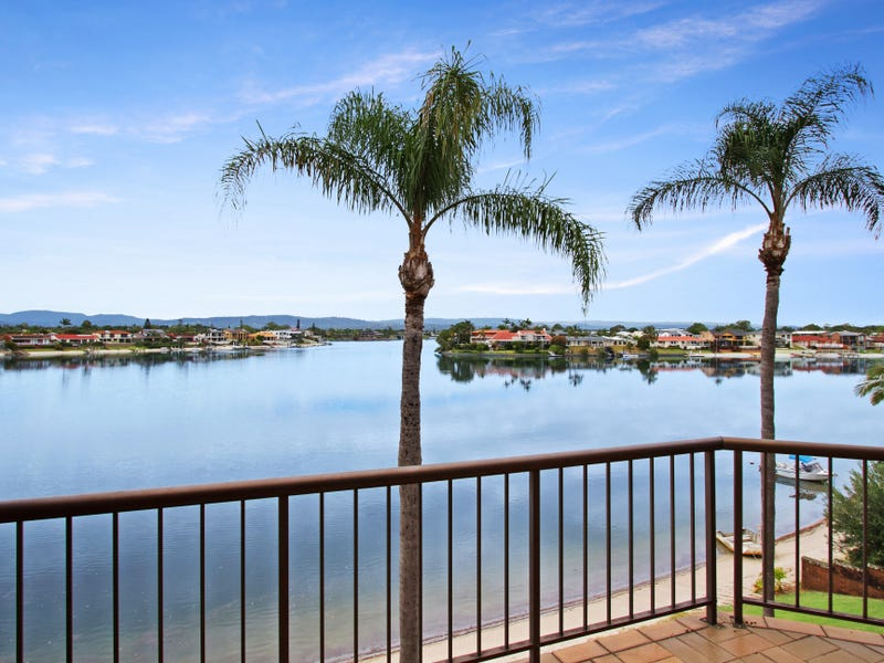 12/33 'Lasiandra Lodge' Duet Drive, Mermaid Waters, Qld 4218