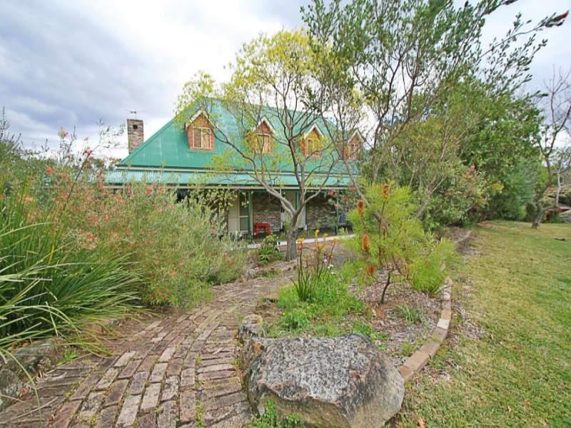 35 Batman Crescent, Springwood, NSW 2777