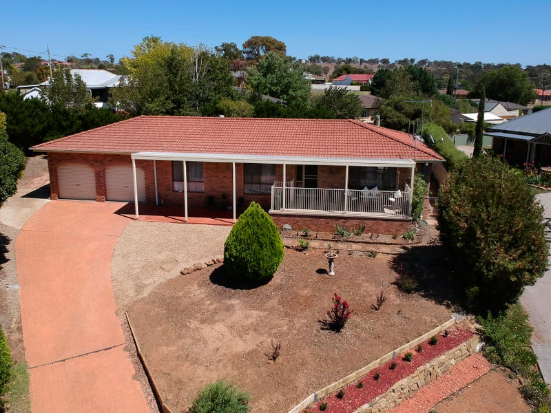 8 Stubbs Place, Yass, NSW 2582