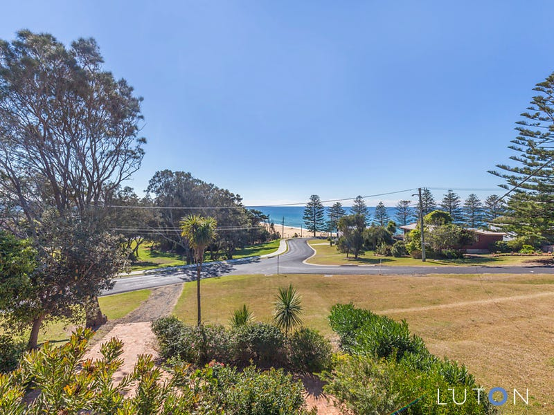 30 Monash Avenue, Tuross Head, NSW 2537