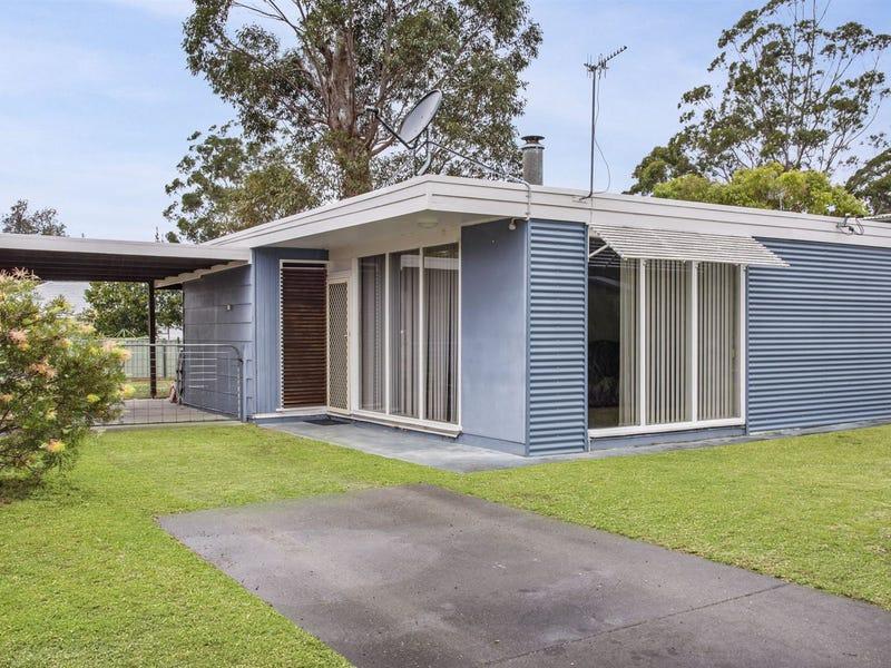 4 Bangalow Street, Narrawallee, NSW 2539