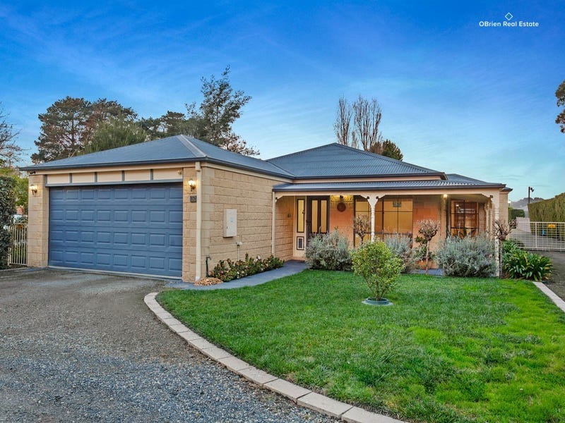 32 Barretts Road, Langwarrin South