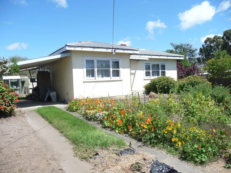 2 Formby Grove, Quoiba, Tas 7310