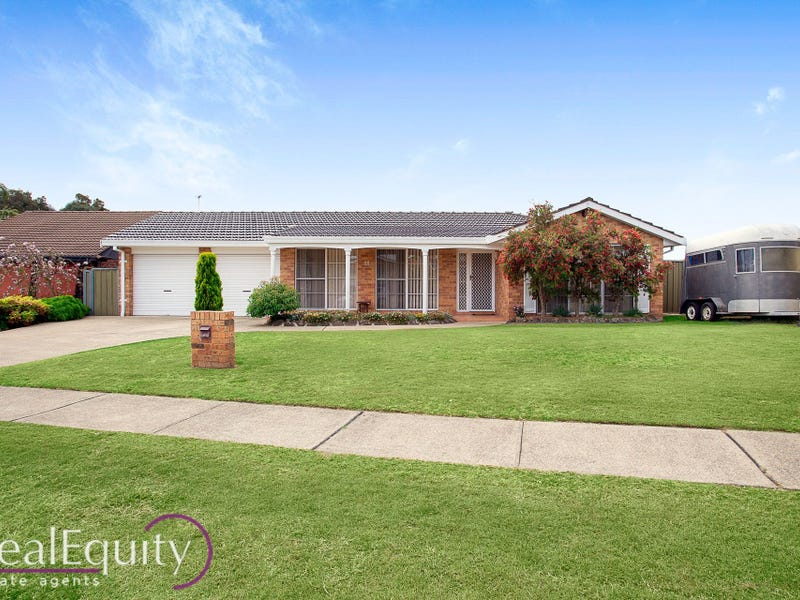 78 Derby Crescent, Chipping Norton, NSW 2170
