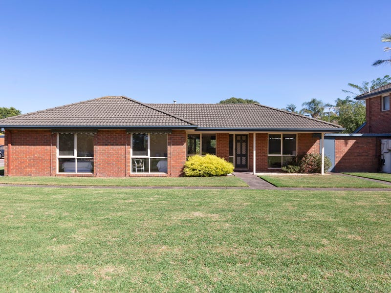 15 Parkside Boulevard, Carrum, Vic 3197