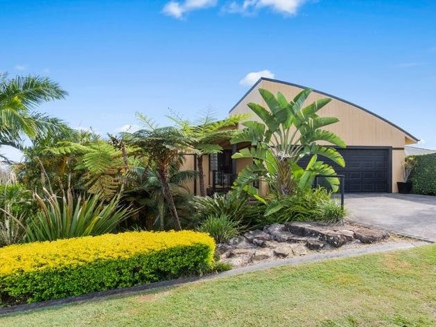 31 Lochlomond Drive, Banora Point, NSW 2486