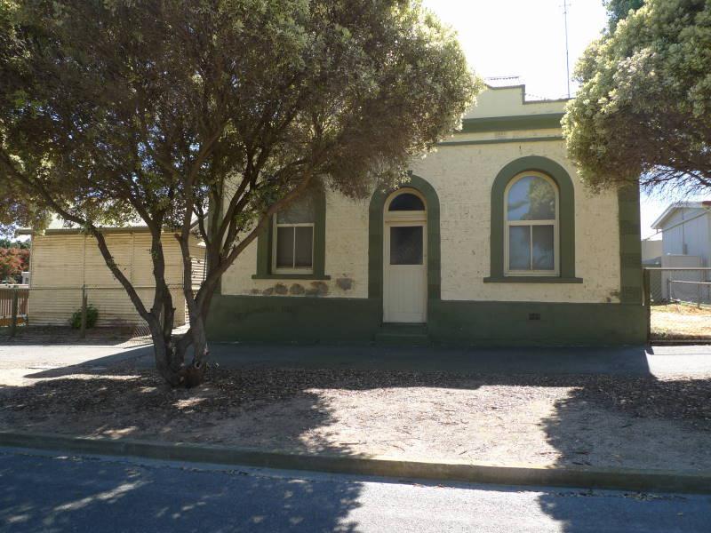 7 Main Street Port Victoria SA 5573