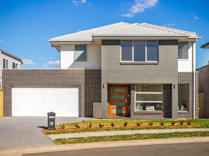 35 Summerland Crescent, Colebee, NSW 2761