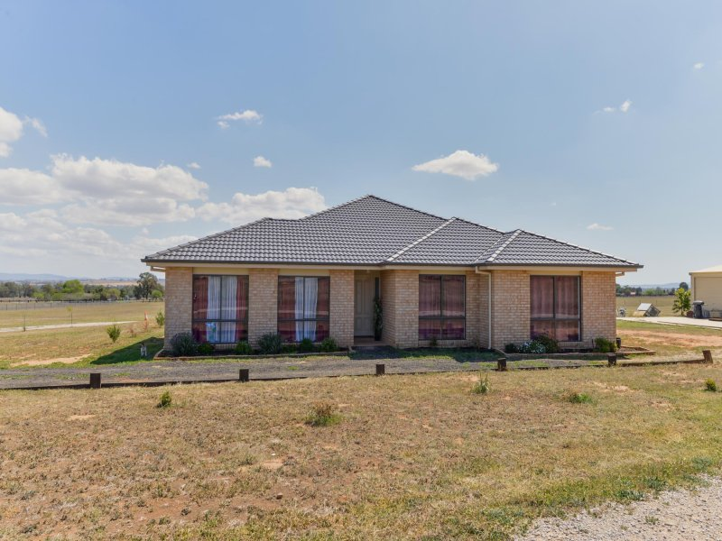 16 Manina Way, Tamworth, NSW 2340