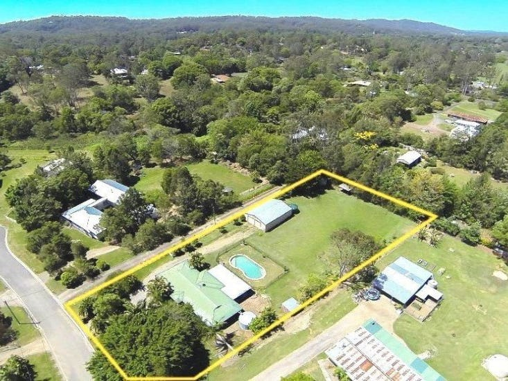 10 Mountaindale Court, Mooloolah Valley, Qld 4553