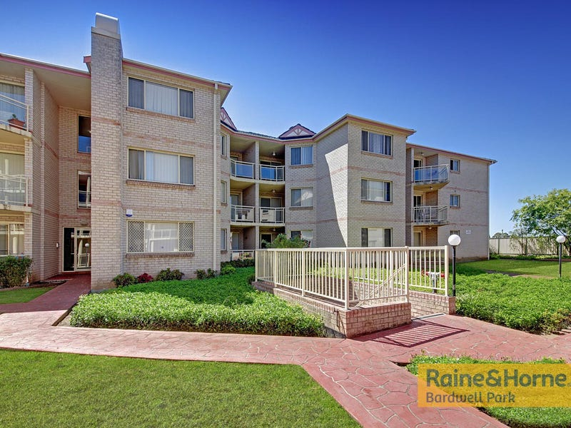 8/1 Hillview Street, Roselands, NSW 2196