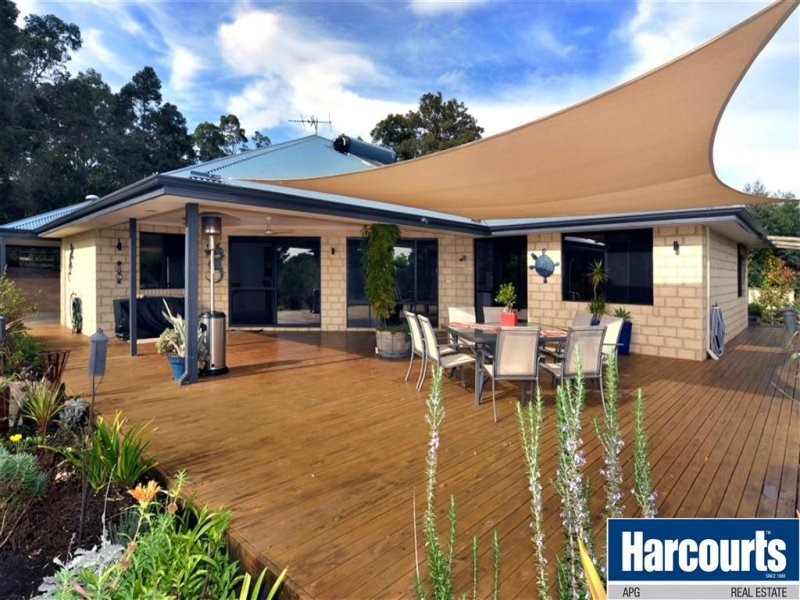 14 Page Retreat, Boyanup, WA 6237