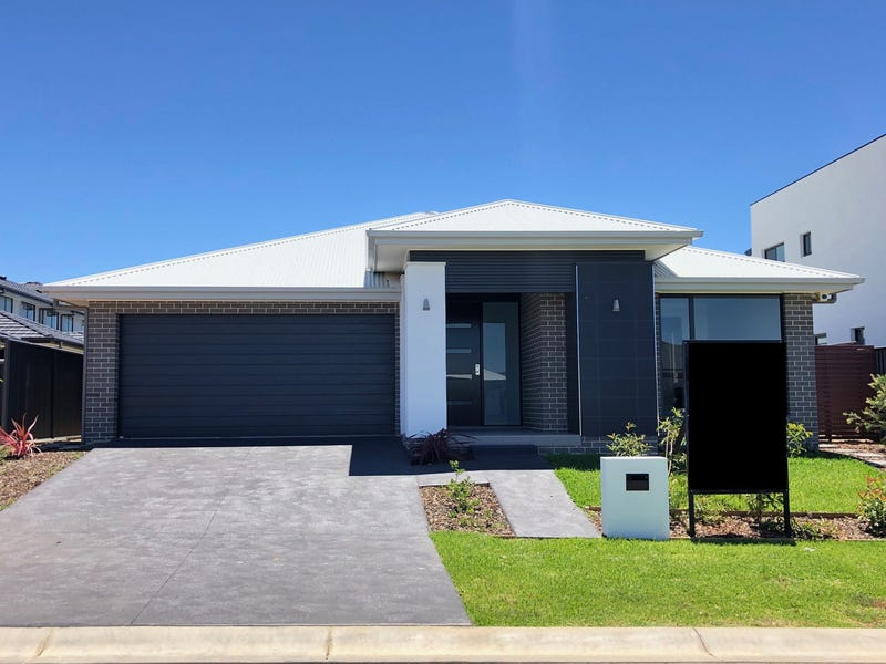 18 McNeil Street, Oran Park, NSW 2570