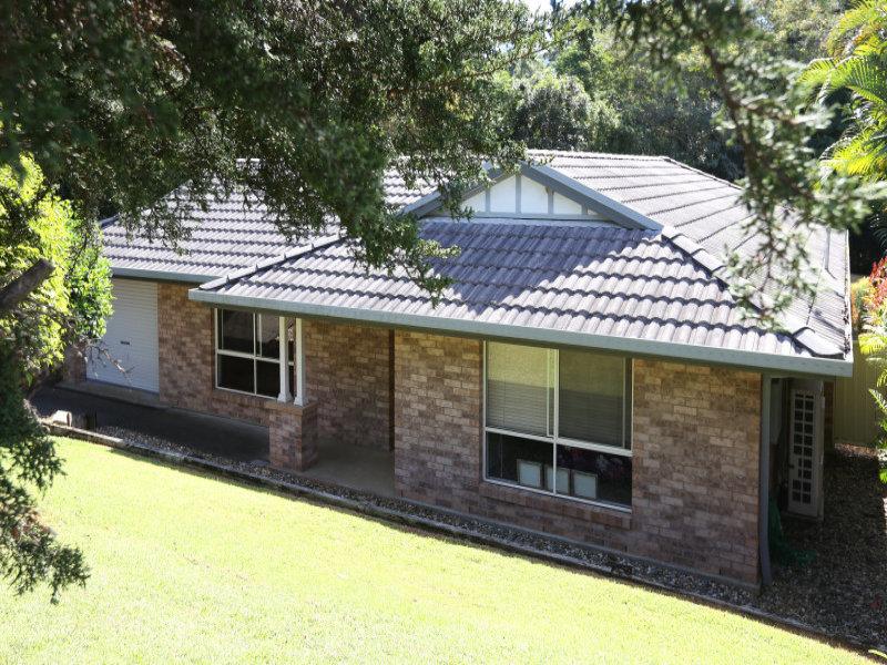 12 Russ Hammond Cl, Korora, NSW 2450