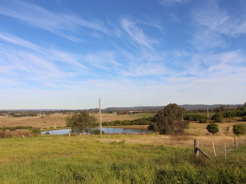 201 The Old Oaks Road, Grasmere, NSW 2570
