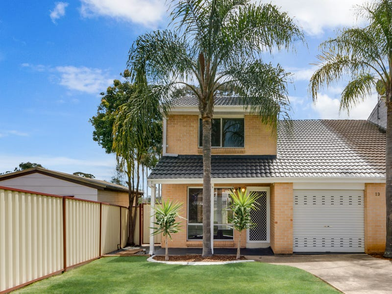 2/13 Rushes Place, Minto, NSW 2566