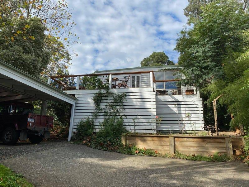 15 Charman Avenue, Emerald, Vic 3782