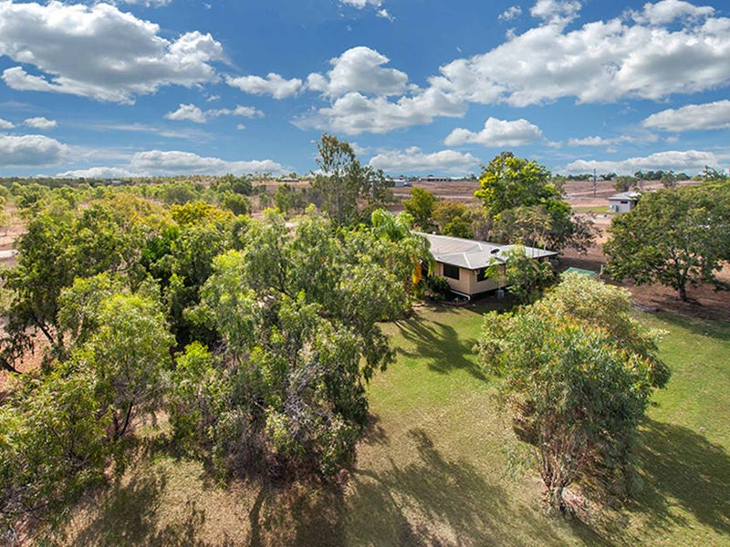 76 Milner Road, Toll, Qld 4820