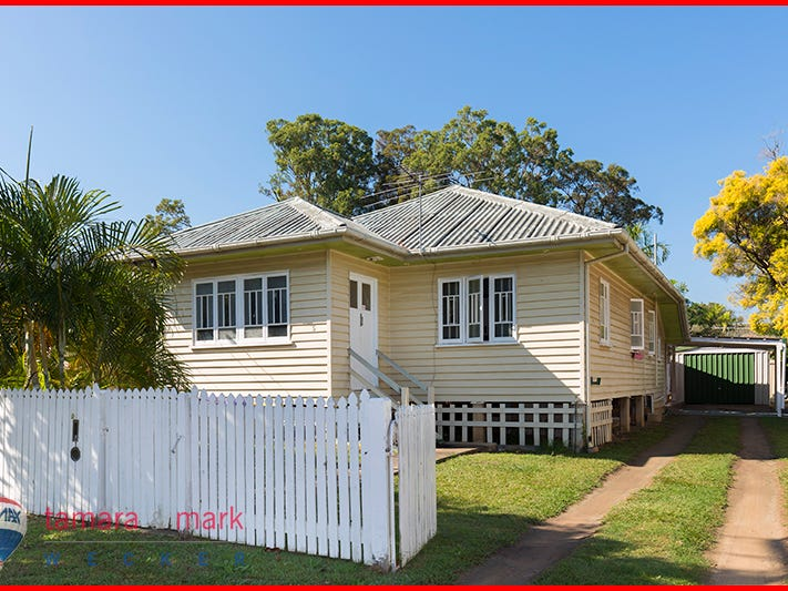 5 Wharf Street, Woody Point, Qld 4019