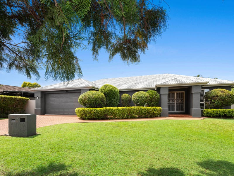 7 Thomas Macleod Avenue, Sinnamon Park, Qld 4073