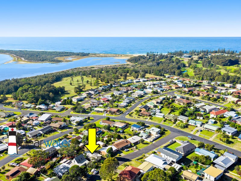 98 Bondi St, Tuross Head, NSW 2537
