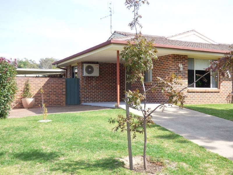 1/3 Boyd Street, Cootamundra, NSW 2590