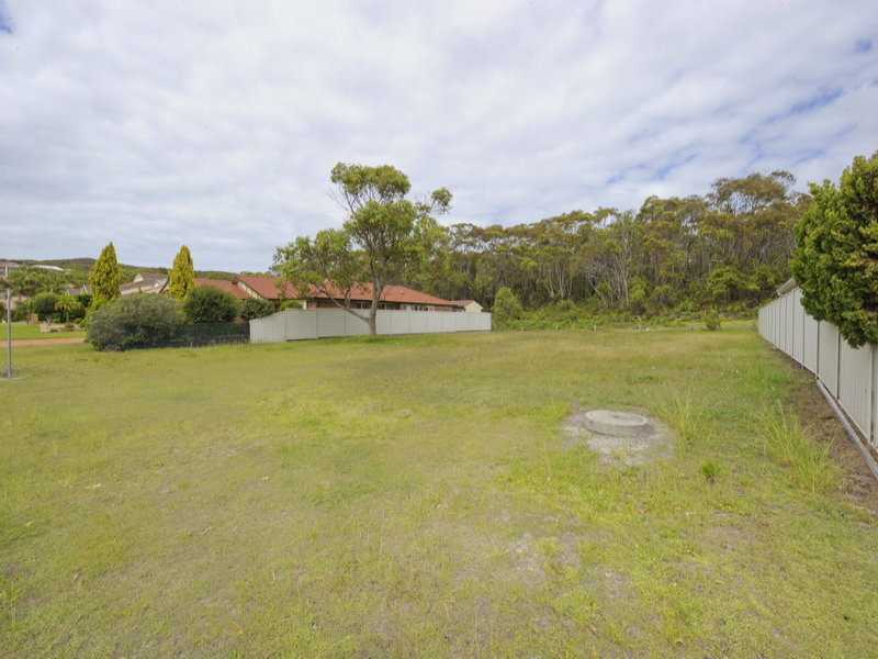 10 & 12 Creswell Place, Fingal Bay, NSW 2315