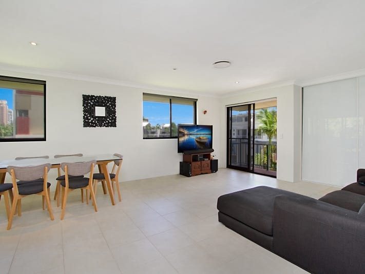 8/14 'Sausalito Bay' First Avenue, Broadbeach, Qld 4218