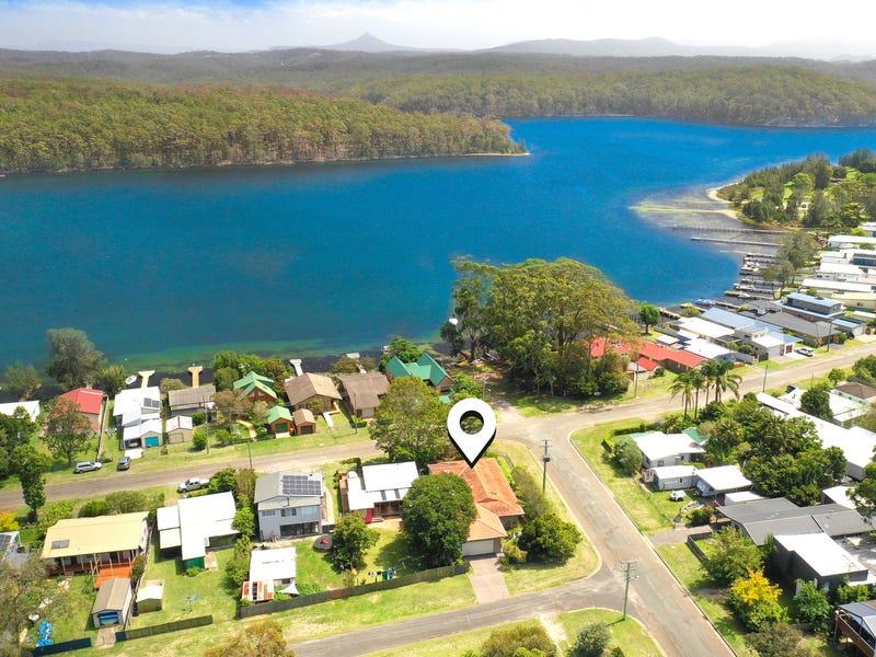 44 Lakeview Drive, Burrill Lake, NSW 2539