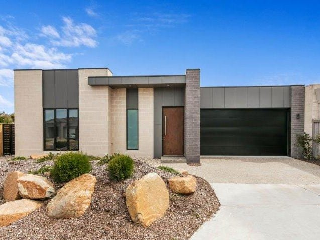 2A Blue Water Circle, Cape Paterson, Vic 3995