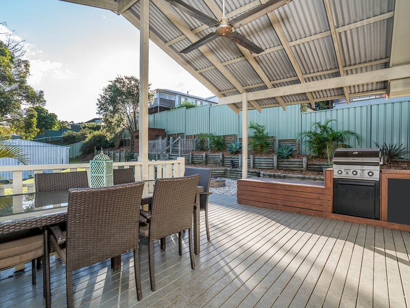 6 Hillcrest Road, Mirrabooka, NSW 2264