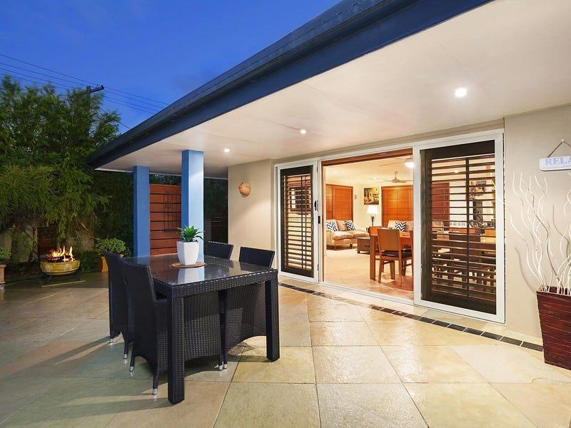 18 Cypress Terrace, Palm Beach, Qld 4221