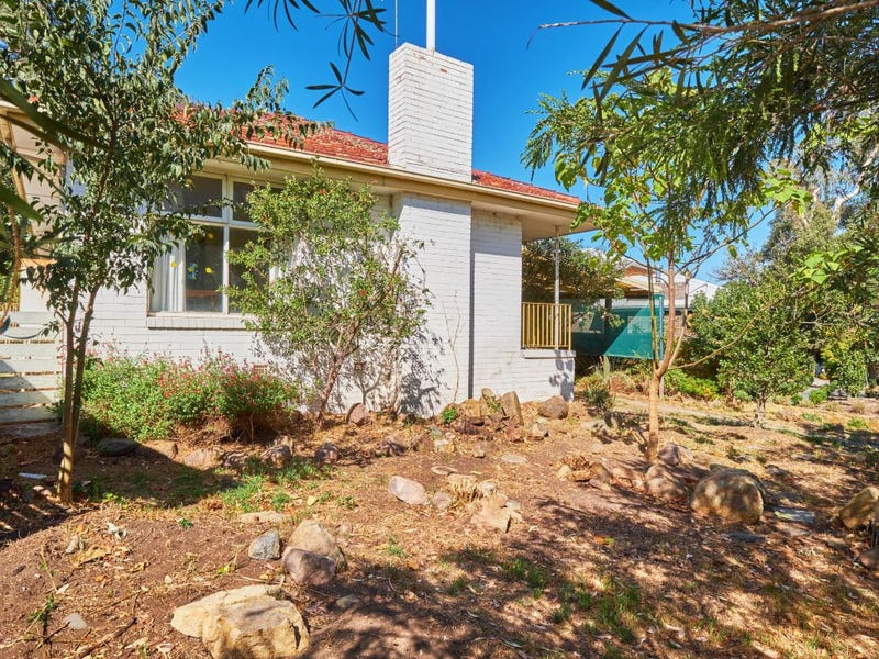 37 McNicoll Place, Hughes, ACT 2605