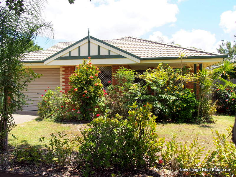 10 Lansdown Road, Waterford West, Qld 4133