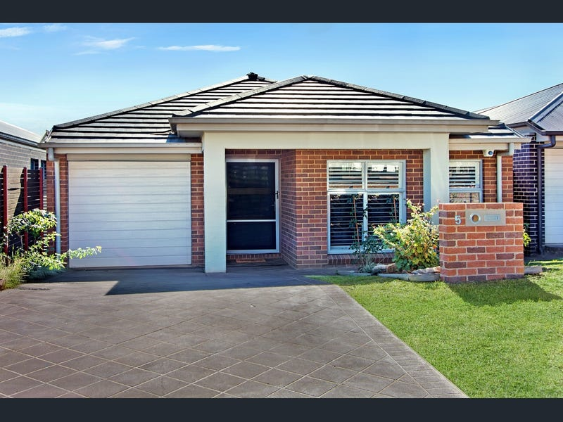 5 Butler  Street, Gregory Hills, NSW 2557