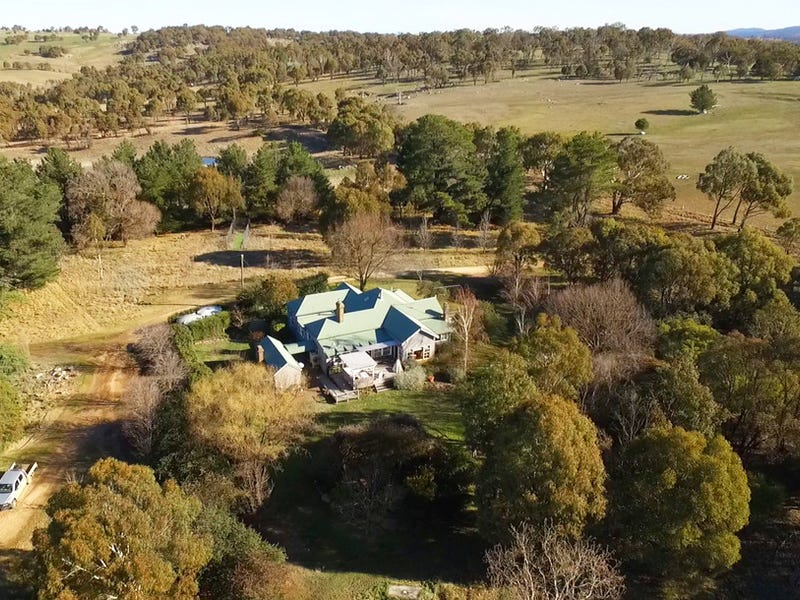 Newhaven 1926 Boorolong Road, Armidale, NSW 2350