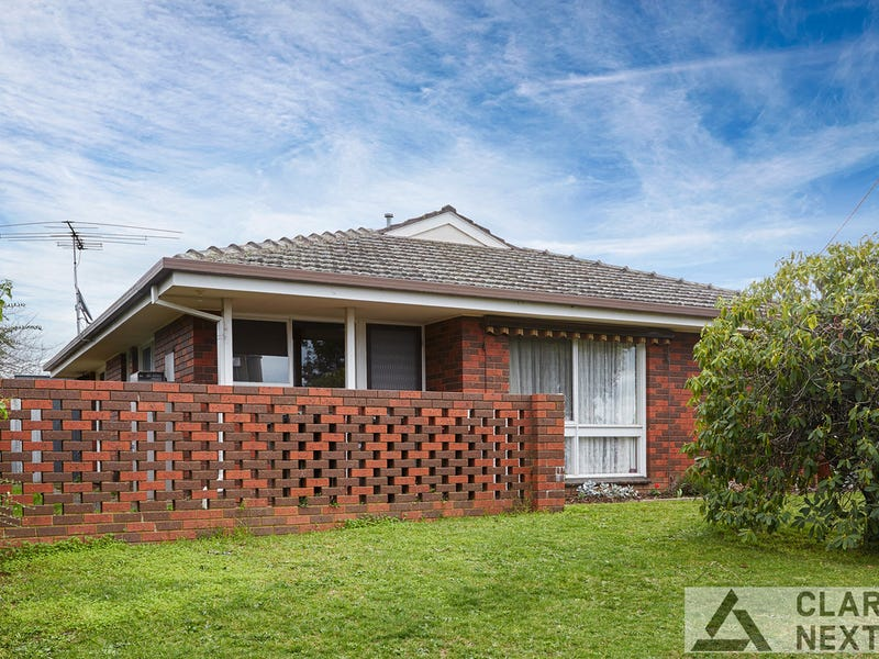 1/111 Brandy Creek Road, Warragul, Vic 3820