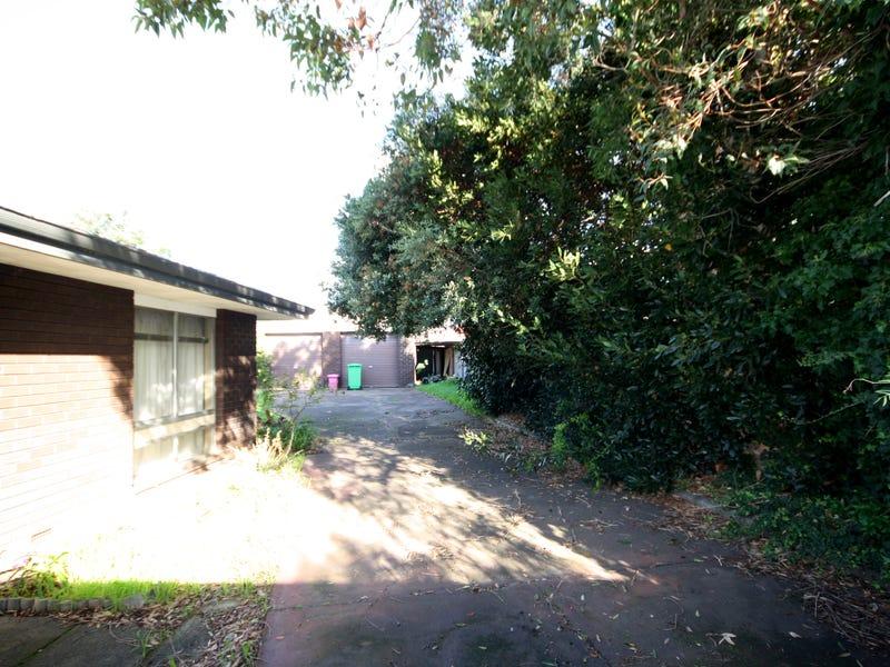 11 College Row, South Bunbury, WA 6230