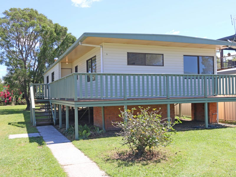3-5 Dalley Street, Palmers Island, NSW 2463